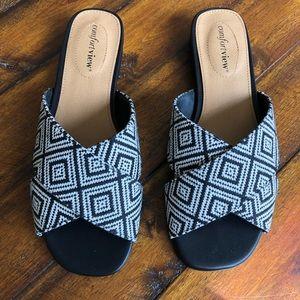 Comfort View Black & White Sandals Zuri 8 Wide